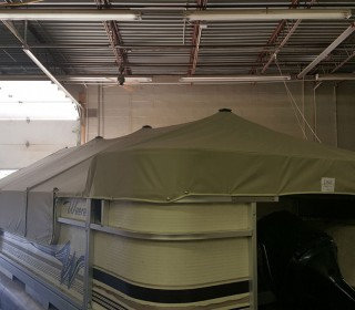 24 foot pontoon cover that covers the front deck